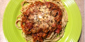 Spaghetti with Fresh Tomato and Italian Sausage