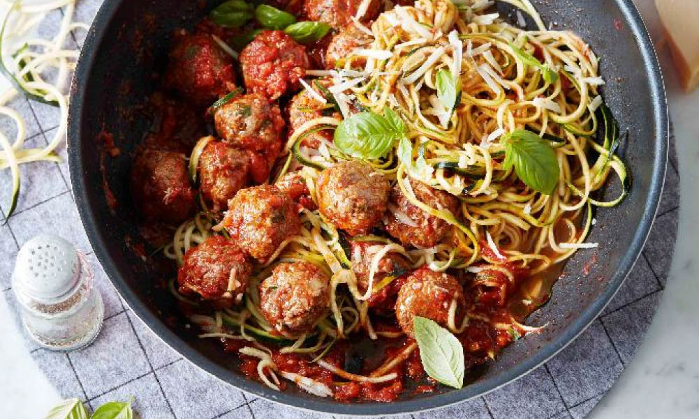 Meatballs and zucchini noodles